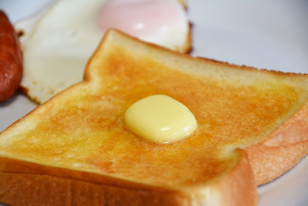 バター トースト