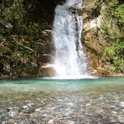 宇賀渓の長尾滝