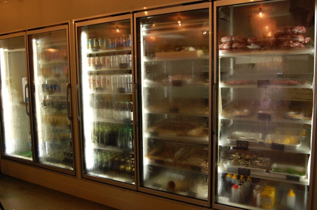 VISON多気 マルシェヴィソン ruedeterassse バーベキュー BBQ 冷蔵庫 食材 豊富